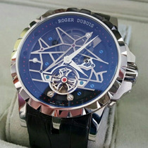Relógio Roger Dubui Foto Real