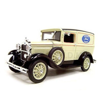 Ford Model A 1931 Pane Delivery Truck Signature 1:18 Creme