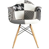 Cadeira Charles Eammes Patchwork Com Braços Black And White