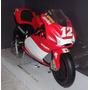 Colecionador - Ducati Desmosedici Troy Bayliss - Escala 1:6