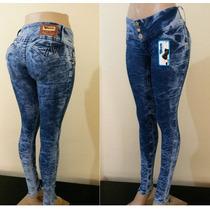 Calça Jeans Com Laycra Manchada Esbranquecida