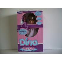Boneca Dina Bambola Faz Xixi C/ Fralda 46 Cms