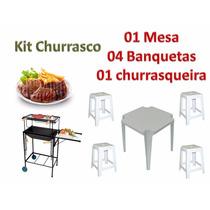 Kit Churrasqueira + 01 Jogo De Mesa + 04 Banquetas Plástica