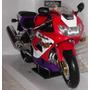 Colecionador - Honda Cbr 900rr 2001 Fire Blade - Esc 1:6
