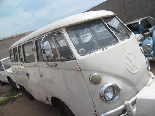 VW VAN KOMBI 1975 P/ RESTAURAR FUNCIONANDO DOCK EM DIA