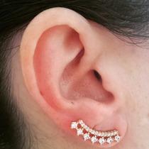 Brinco Ear Cuff De Zircônias - Folheada Ouro 18k- Tendência!