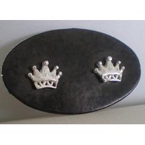 Lindo Par De Brincos De Coroa Em Prata 950 .