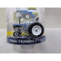 Miniatura Trator Ertl 1:64 - New Holland 7740 Agriculture