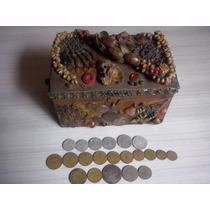 Baú Artesanal Pequeno 0,18 X0,11x,012 Decorado Com 21 Moedas
