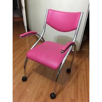 Cadeira Brigatto Com Rodinhas