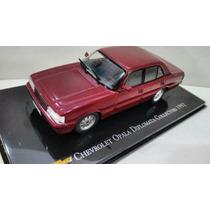 Miniatura Opala Chevrolet Diplomata Collectors 1992 - 1/43