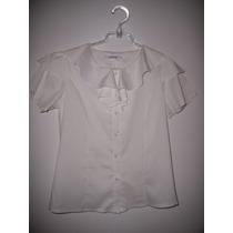 Blusa Branca Com Manga Curta Em Tecido