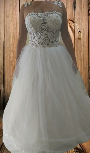 2044fb18c Vestido De Noiva Modelo Princesa - 38 A 42. R  550