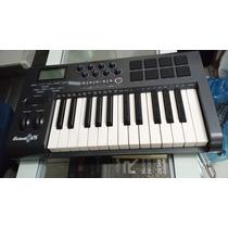 Teclado Controlador Midi M-audio Axiom 25