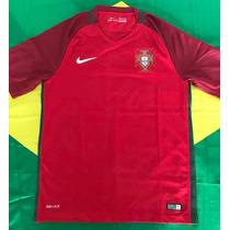 a28990cb38 Camisas de Futebol Camisas de Seleções Masculina Portugal com os ...