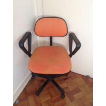 Cadeira Secretária Giratória Com Braço