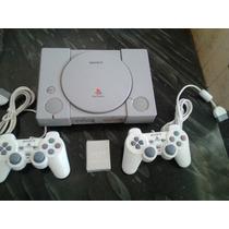 Playstation 1 Com 2 Controles Memory Card 5 Jogos Brindes.