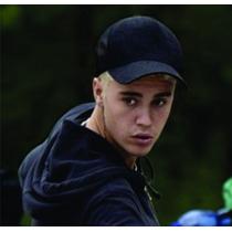 Boné Justin Bieber Telinha Trucker Preto Liso