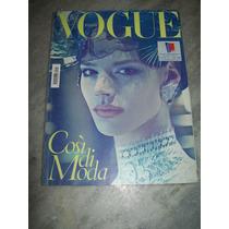 Revista Vogue Itália Nº 715 - 03/2010