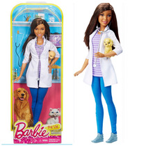Barbie Career Pet Vet African American Doll / Veterinaria