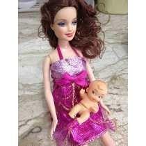 Boneca Sally Grávida Com Filhinha E Acessórios