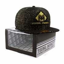 Bone Aba Reta Young Money Strapback Ouro