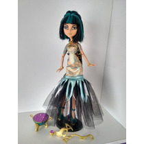 Boneca Monster High Cleo De Nile Haloween - Barata! 50