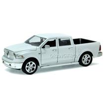 Dodge Ram 1500 2014 Jada Toys 1:24 54039-branco