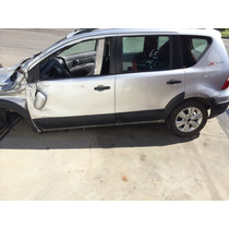 Porta Traseira Esquerda Nissan Gran Livinia