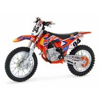 Ktm 450 Sx-f Red Bull Dirt 94 1:18 Bburago 51072-1