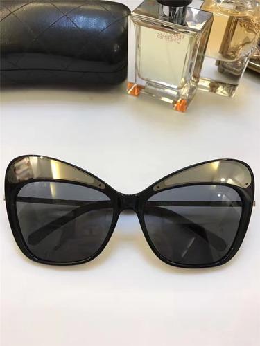 Óculos De Sol Chanel 5378 Preto Dourado d9852662b3