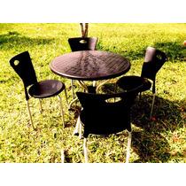 Mesa E Cadeiras Plásticas Para Jardim