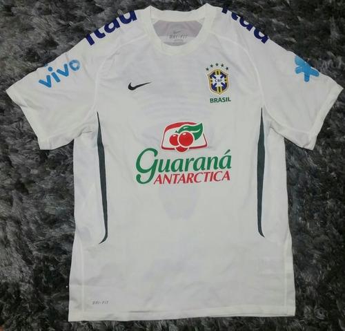 Camisa Nike Seleção Brasileira Branca De Treino 2011 Brasil 9fa776c01344b