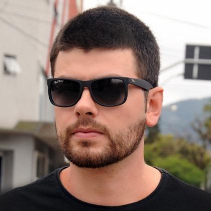 Óculos De Sol Ray Ban Justin Rb4165 Preto Masculino Polariza. Preço  R  66 8  Veja MercadoLibre 38a0541989