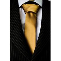 Gravata Dourada Trabalha