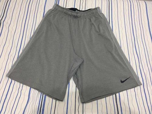 f3ea4d9a8 Bermuda Nike Dry Fit - Tamanho P