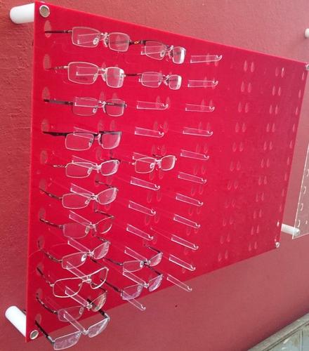 29417be86e426 Expositor Oculos Acrílico Vermelho 67 X 100 Cabe 66 Óculos. R  389.99