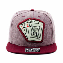 Bone Aba Reta Snapback Cartas Poker Bordo