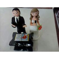 Casal De Noivos Em Biscuit