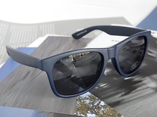 Óculos Vans Spicoli Original Pronta Entrega. Preço  R  129 99 Veja  MercadoLibre 36630493d6
