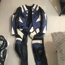 Conjunto Para Motocicleta De Couro ( Calça E Jaqueta)