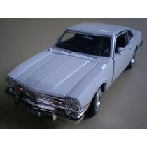 1/24 Ford Maverick V8 1974 Motormax Branco 1:24 73326 Novo