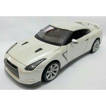 1:24 Nissan Gtr R35 Maisto Branco V6 Skyline Novo Miniatura