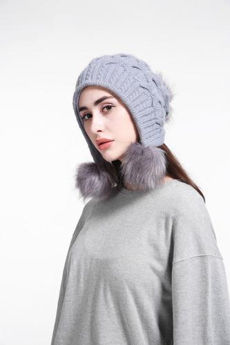 Touca Gorro Pompom Forrada Preta Moda Inverno 2018 Feminina - R  83 ... 0500846999a