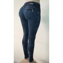 Calça Jeans Com Laycra Com Elástico No Cós Traseiro