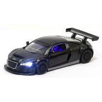 Miniatura Audi R8 Lms Preta Com Luz E Som
