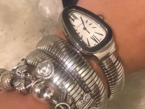 86c693a893e Relógio Bvlgari Serpenti Prata Com Fundo Branco. Preço  R  899 Veja  MercadoLibre