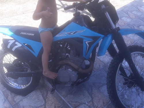 HONDA  XR 200CC