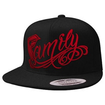 Famous Stars And Straps - Boné Snapback Official Family