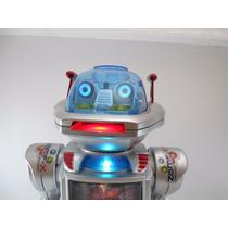 Robo Que Fala,anda,dança,lança Discos C/ Controle
